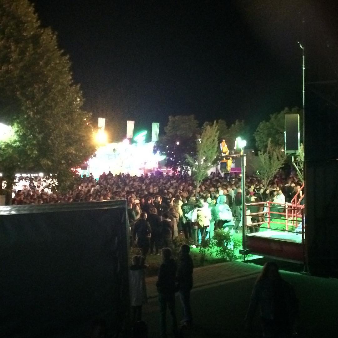 #winzerfestinumstadt #loopinglooping #aufgehts #nochnerunde